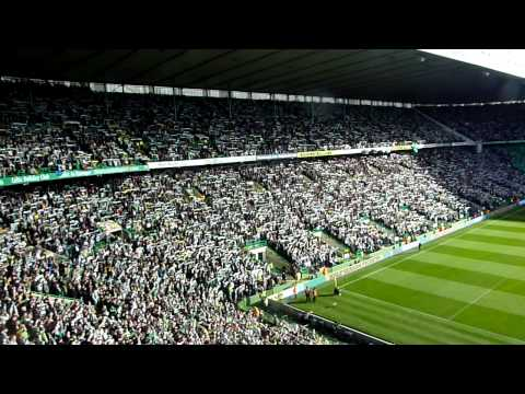 """Awesome """"You'll Never Walk Alone"""" after players' entry for the Old Firm at Celtic Park (24102010)"""