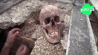 هذا ما يحدث بقبور فنيزويلا..!!