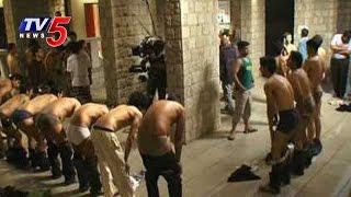 Ragging in SV University | Seniors Orders Juniors To Salute In Half Nude : TV5 News