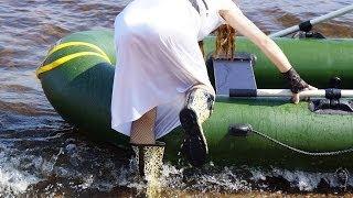 Nyaa girl (wet adventure in leopard rainboots)