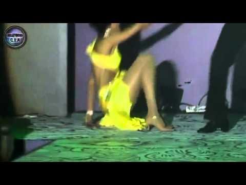 Sexy Model Jesse Randhawa shows off her BOOBS!    Www Blog desipardesimusic com