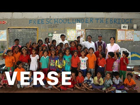 How This Teacher Developed a Genius Way to Educate Hundreds of Slum Children, For Free.