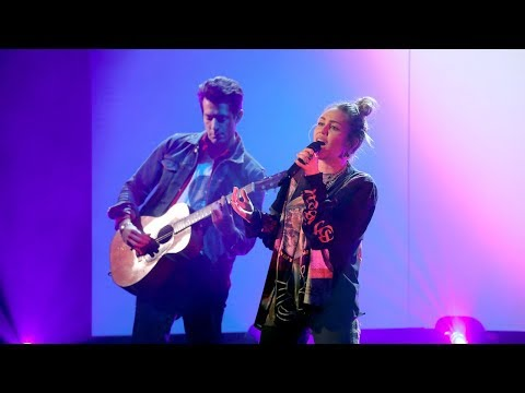 Download Miley Cyrus & Mark Ronson Perform 'Nothing Breaks Like a Heart'