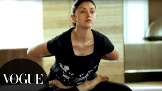 Try Aditi Rao Hydari's 5 Step Yoga Routine | Vogue All Access Series | VOGUE India