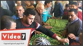 وصل جثمان الفنان مظهر أبو النجا لمسقط رأسة بقرية فودة بالدقهلية