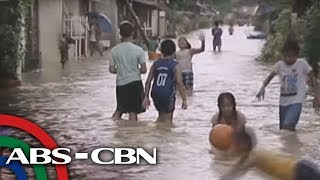 Marc Logan reports: Pinoys have fun in the rain