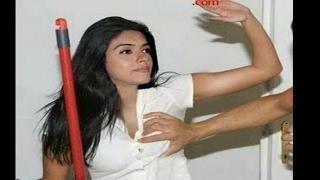 Bollywood Actress Sexually Harassed - Deepika Padukone, Sonam Kapoor, Kareena Kapoor, Katrina Kaif