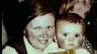 The Kelly Family (Mama)