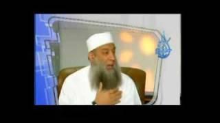 رأي الشيخ الحويني في تقبيل أيدي الشيوخ