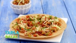Khakhra Pizza (Healthy Snack for KIds), Recipe in Hindi (खाकरा पिज्जा) by Tarla Dalal