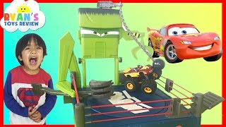 Disney Cars Toon Monster Truck Wrastlin' Lightning McQueen Tow Mater Toy Cars Ryan ToysReview