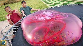 Giant Orbeez Water Balloon Snake Inside Giant Water Wubble Bubble!