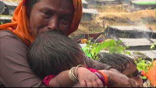 Rohingyas crowd into makeshift camps in Bangladesh after fleeing Burma