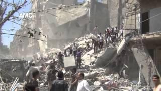 لحظة سقوط القذائف اثناء عملية انتشال الجثث في مجزرة بستان القصر جراء قصف الطيران 16 8 2013