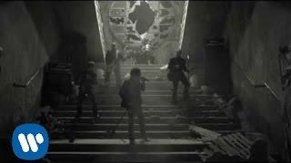 M-Clan - Las calles estan ardiendo (Video clip)
