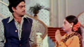 Shatrughan Sinha, Jaya Bachchan(Bhaduri), Gaai Aur Gori - Scene 17/20