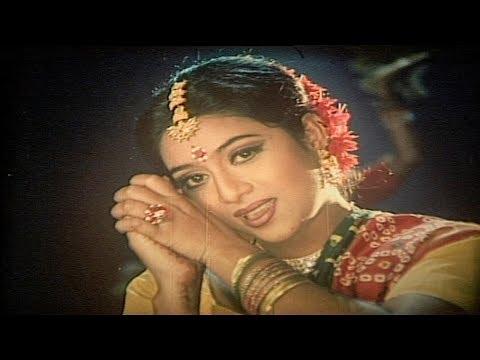 Ronger Manush Rongila Re By ( Sabina Yasmin ) - Shabnur | Shakib Khan | Ferdaus | Bangla Movie Song