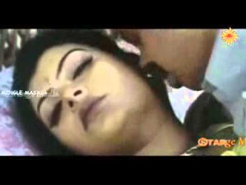 Hot Mallu Aunty Sajini Making Love With Her Personal Secretary in Farm House