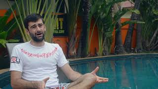 (ITA) Interview: Giacomo ci parla del suo incontro con il tè lassativo