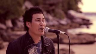 Ali Omid New Afghan Hazaragi Song 2011 ( Mohai Sia)