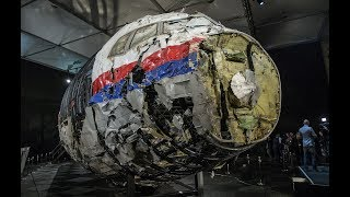 News Wrap: Russian missile downed Malaysia Airlines plane, investigators say
