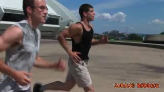 Athlete Free Run Parkour - Gay Kiss Muscle Worship, Pecs & Nipple (HD)