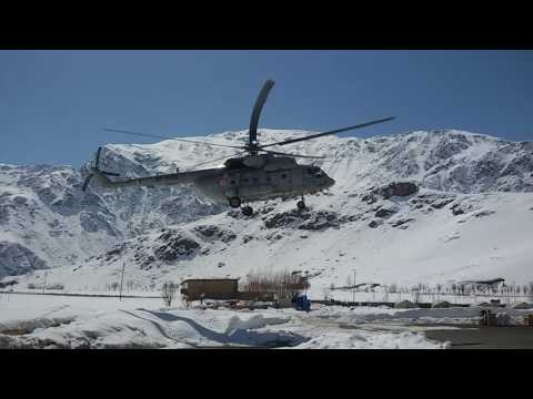 INDIAN ARMY LANDING THE HELICOPTER ON CIYACHIN BOR