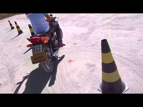 Cris Nogueira Cat A INST Ensina passo à passo de Baliza de moto em Vídeo prova prática.PVH RO