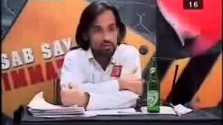 Waqar Zaka Fights with Pakistani