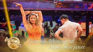 Gemma Atkinson and Aljaz Skorjanec Cha Cha to 'There's Nothing Holding Me Back' by Shawn Mendes