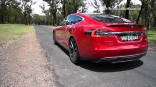 2015 Tesla Model S P90D 0-100km/h (Ludicrous mode)