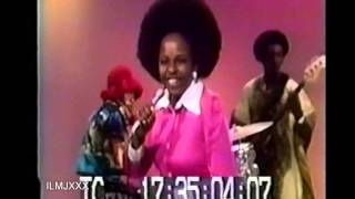 BETTY WRIGHT - CLEAN UP WOMAN (LIVE MIKE DOUGLAS SHOW)