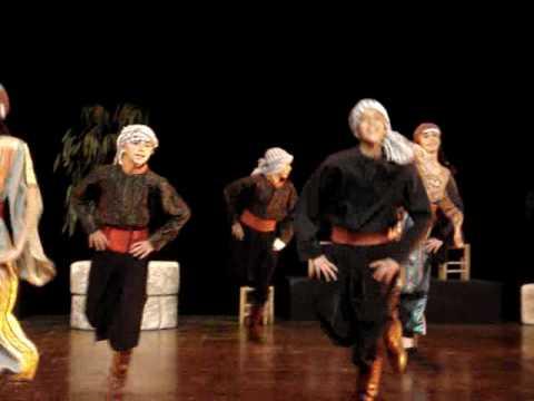 فرقة الفنون الشعبية الفلسطينية رقصة شمس من مزرعتي