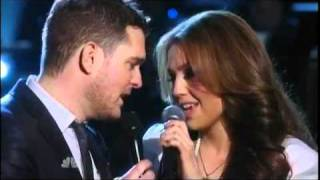Michael Buble ft Thalia -  Mis Deseos / Feliz Navidad (NBC - A Michael Bublé Christmas)
