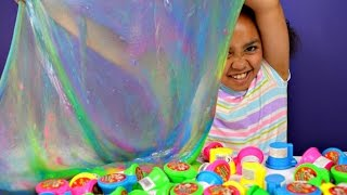SUPER GROSS! SUPER GIANT! Noise Toilet Putty Rainbow Slime | Toys AndMe