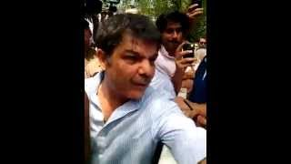 News  Reporter mubashir luqman catch a Fake voter in NA 125 DHA Lahore of N League