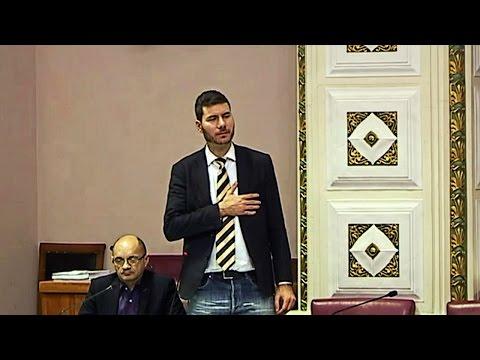 Xxx Mp4 Pernar Izdajnik Sam Jer Sam Se Slikao S B Obradovićem A Kolinda 3gp Sex