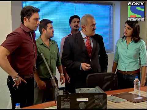 CID - Teen Mujrim - Episode 979 - 19th July 2013