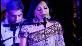 Aishwarrya sings Naino Mein Badra Chaye