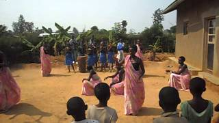 Rwanda study visit dance six women