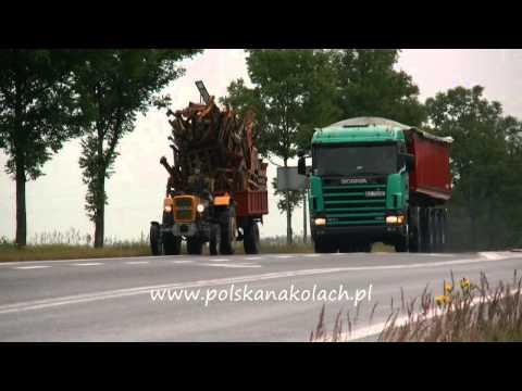 Polak potrafi doładować Ursus C330 na krajówce koło Rzeszowa