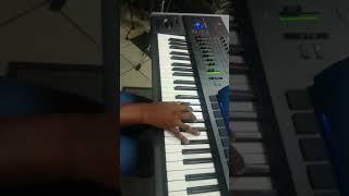 Ea itshephelang(Mookamedi) Piano tutorials
