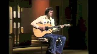 DAVID GATES (of BREAD) performs