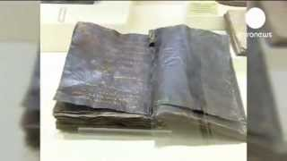 1500 year old Bible of Barnabas with the name of Prophet of Islam.flv