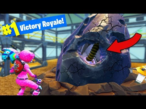 THE METEOR IS HATCHING Fortnite Battle Royale