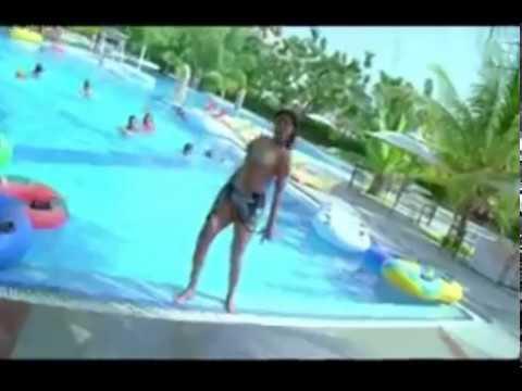 Priyamani Nip Slip In Bikini While Shooting