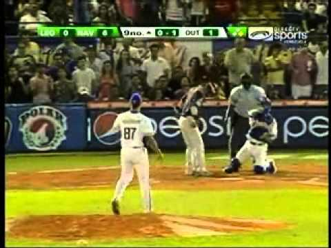 MAGALLANES LE CLAVA NO HIT NO RUN AL CARACAS LEREW