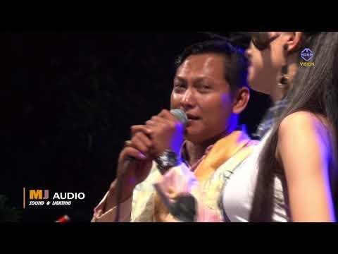 Semakin cinta   kiky aprilia feat iban   MANHATTAN Mongkle Mongkle Live Turusgede Rembang