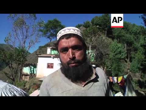 Homes flattened by quake in Pakistan village | Editor's Pick | 28 Oct 15