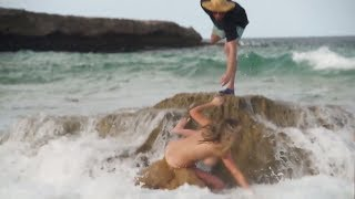 Kate Upton Falls Off A Rock In The Middle Of Shooting With A Hilarious Reaction